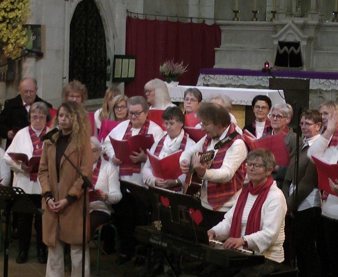 Groupe Vocal à Travers Chants avec Léa
